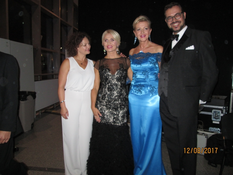 Gwiazda Wieczoru: Primadonna Edyta Kulczak, Prezesoressa Elżbieta Gładysz, Dr Dariusz Piotr Klimczak